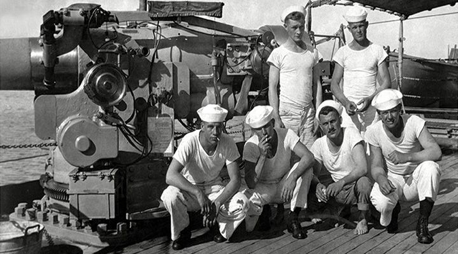 History of the T-Shirt: The Navy Makes T-Shirts Standard